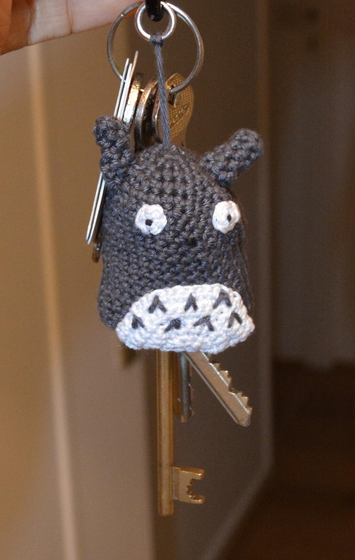 tuto crochet totoro. Black Bedroom Furniture Sets. Home Design Ideas